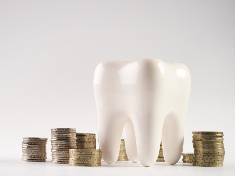 Neprimerané čiastky u zubára? Zistite, ako mať zdravý chrup a ušetriť.